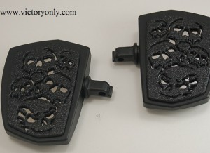 Pictured Victory Floorboards Black Base with Chrome Backing Plate & Skull Art